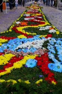 Las alfombras de flores son una de las grandes atracciones de la Fiesta de la Flor de Madeira.