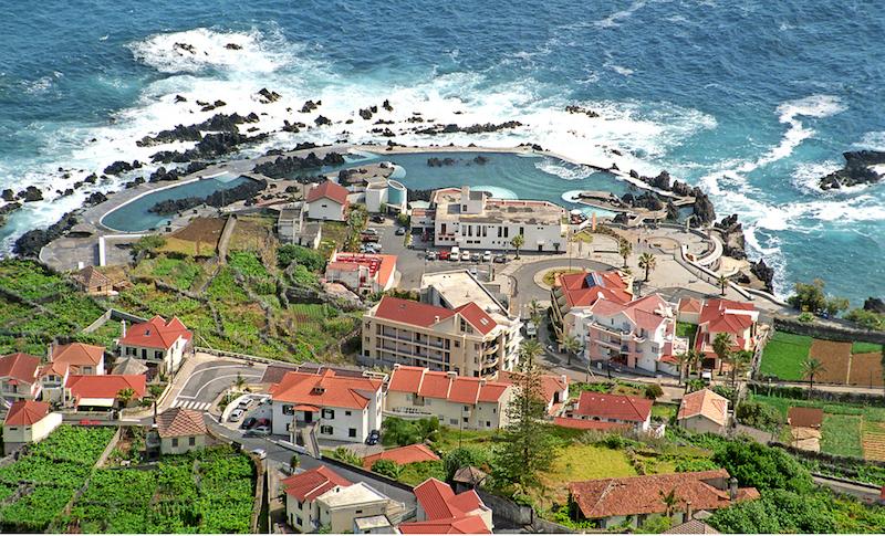 Porto moniz gu a isla madeira portugal for Piscinas oporto