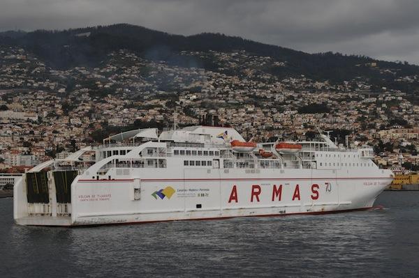 Cómo ir de Canarias a Madeira en barco