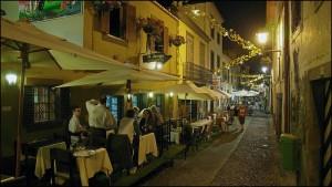 Foto de un restaurante en la zona vieja de Funchal. Foto de Maurice Albray.