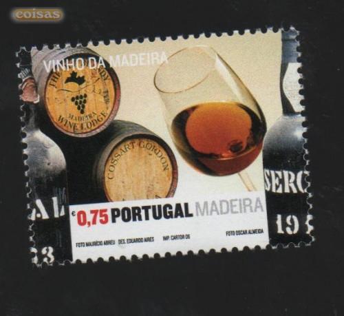 Sello que muestra la importancia del vino en la economía portuguesa.